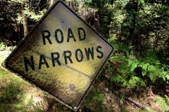 Road-Narrows